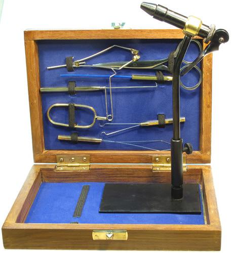 Gulam Nabi 41341 Набор инструментов в деревянной коробке COACHMAN TOOLS KIT (фото, вид 1)