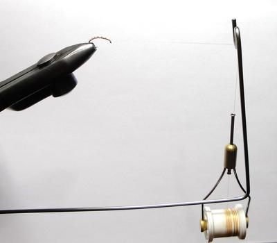 Stinger Fly 41062 Нитеотвод для тисков Bobbin Cradle (фото, вид 1)