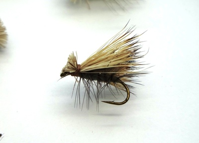 Pacific Fly Group 11093 Сухая мушка Elk Hair Caddis Gray (фото, вид 2)