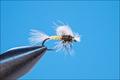 11069 Сухая мушка Hatching Mayfly - Pale Morning Dun